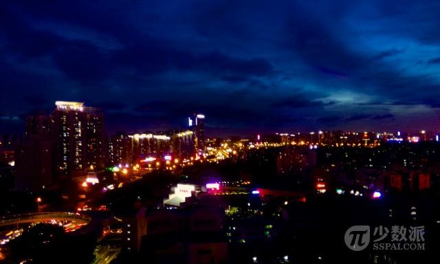 如何用手机拍出美好的夜景?