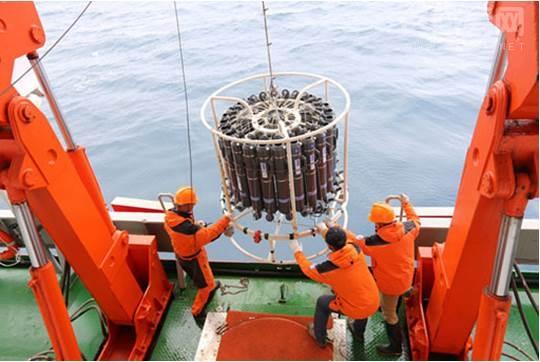 """""""雪龙号""""抵南极圈启动卸货作业 奥克斯空调全力护航"""
