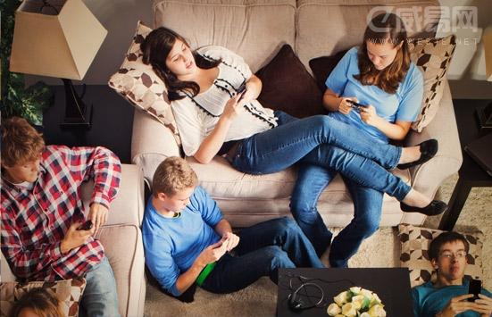 手机充电多久充满杏彩开户正常?使用多久没电雾正常?